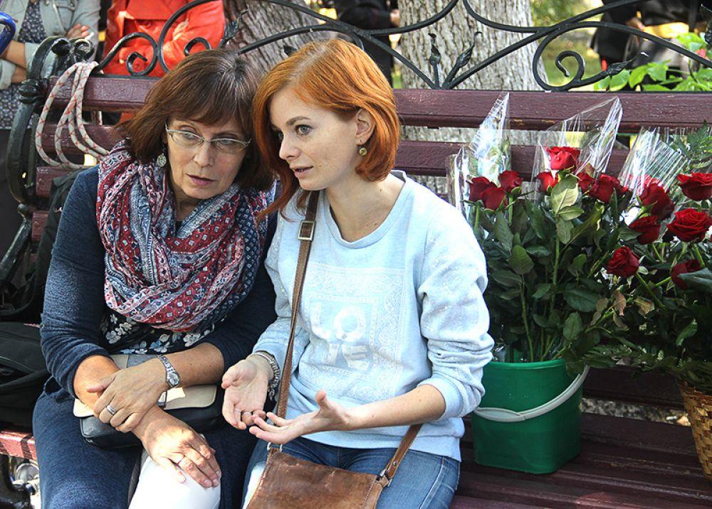 Сотрудники ульяновских музеев приготовили цветы славному земляку