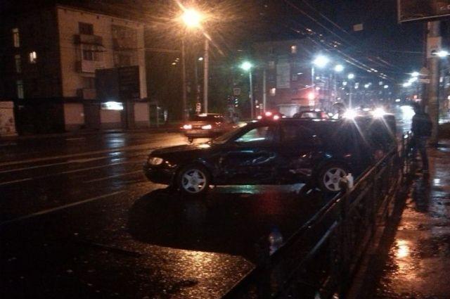 ВСмоленске столкнулись 4 автомобиля