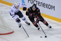 На льду омичи и москвичи всегда соперники.