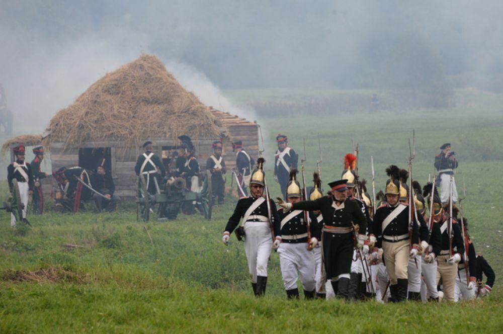 Действие началось с генеральной репетиции сражения, которая прошла в субботу.