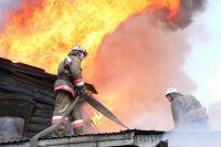 Больше всего пожаров происходит в частных домах.