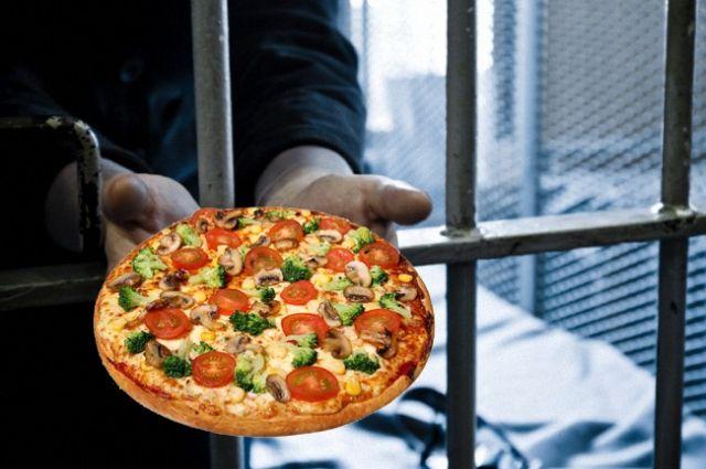ВОренбуржье осужден заключенный-рецидивист, заказывавший пиццу отимени полицейских ипрокуроров