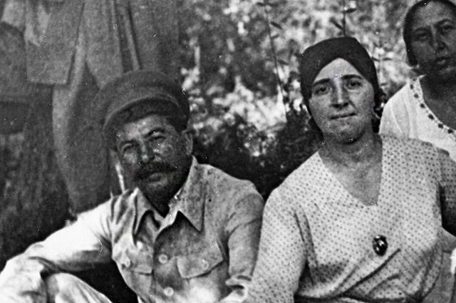 скачать торрент жена сталина