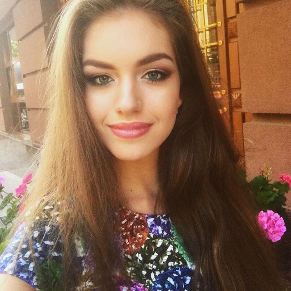 Саша цветет и пахнет