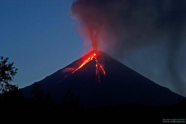 Вулкан наКамчатке выбросил 11-километровый столб пепла