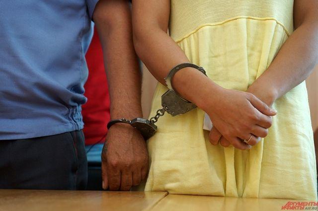 Жестокость женщины привела на скамью подсудимых.