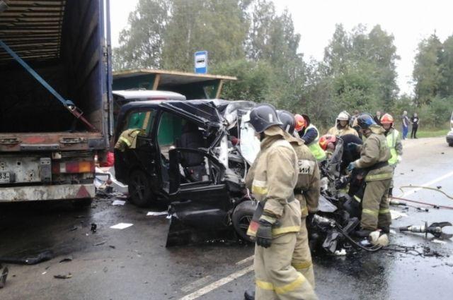Двое работников ярославского учреждения скончались в трагедии натрассе Иваново-Комсомольск