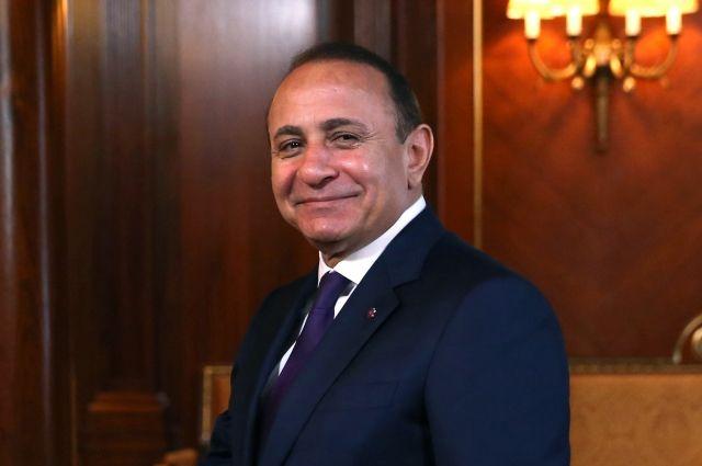 Премьер Армении Овик Абрамян покинул собственный пост