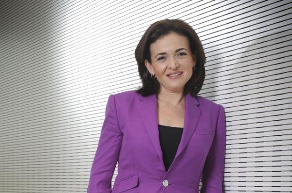 Члена Совета директоров Facebook Шерил Сандберг.