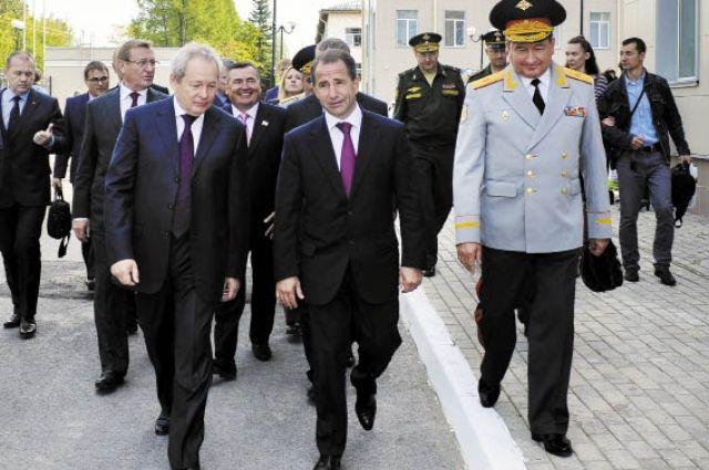 Михаил Бабич и Виктор Басаргин побывали 1 сентября в Суворовском училище, кадетском корпусе и