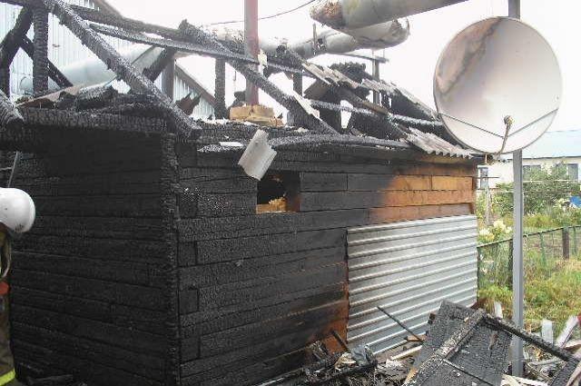 Впожаре вКалачинске погибла пенсионерка и ее сын
