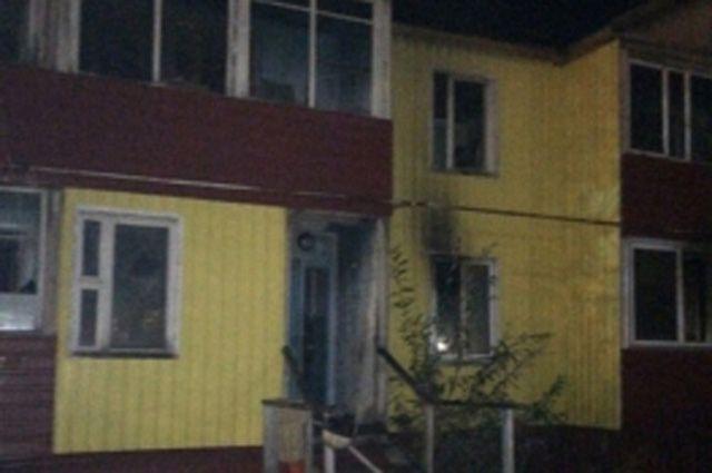 ВУренгое впожаре  вдоме пострадали ребенок  идвое взрослых