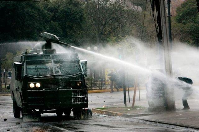 Нацгвардия заказала срочный ремонт водометов для разгона митингов