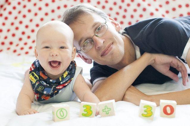 Мальчикам нужен контакт с отцом. Это способствует развитию ребёнка.