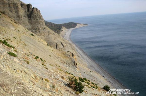 Сверху открываются красивые виды на море и окрестности.