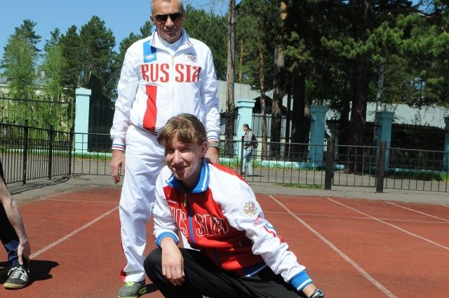 Красноярские спортсмены Артем Муратов иВероника Зотова вернулись стремя золотыми наградами