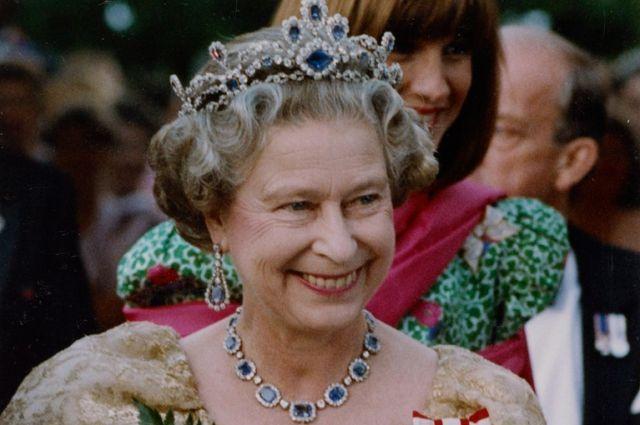 Королева Англии угодила врейтинг самых элегантных людей мира