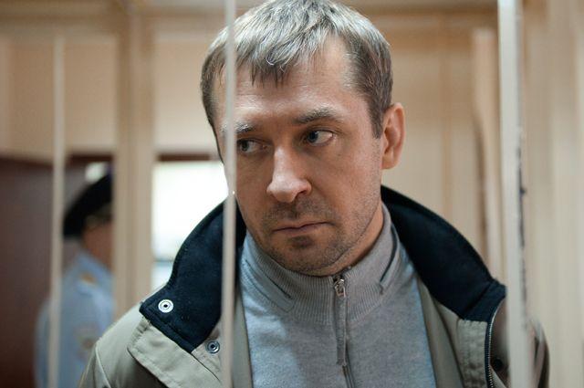 Устоличного антикоррупционера Захарченко отыскали валюту на9 млрд. руб.