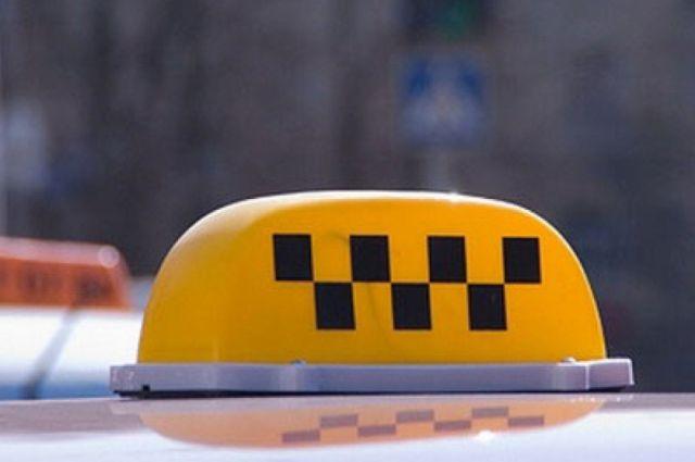 Гражданин Воронежской области несмог далеко уехать наугнанном такси из-за поломки