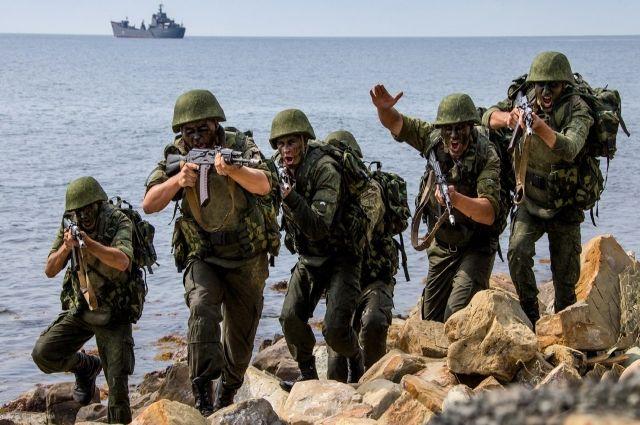 Морским пехотинцам Каспийской флотилии помогли «Серны»