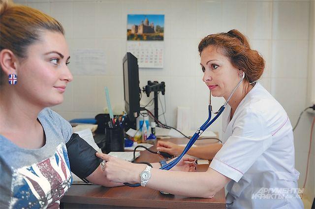 В региональном минздраве заявили о дефиците терапевтов и педиатров.
