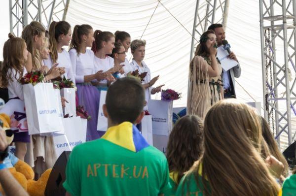 Победительницей финального отбора к детскому Евровидению-2016 стала София Роль!