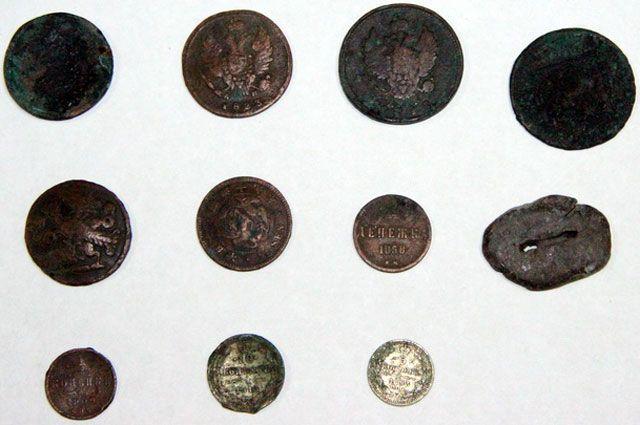 Монеты были конфискованы в ходе таможенного контроля.