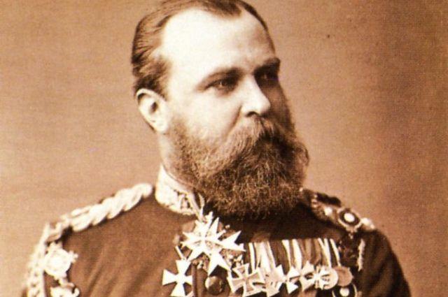 Людвиг унаследовал титул великого герцога от своего бездетного дяди и смог удачно жениться на дочери королевы Великобритании Виктории.
