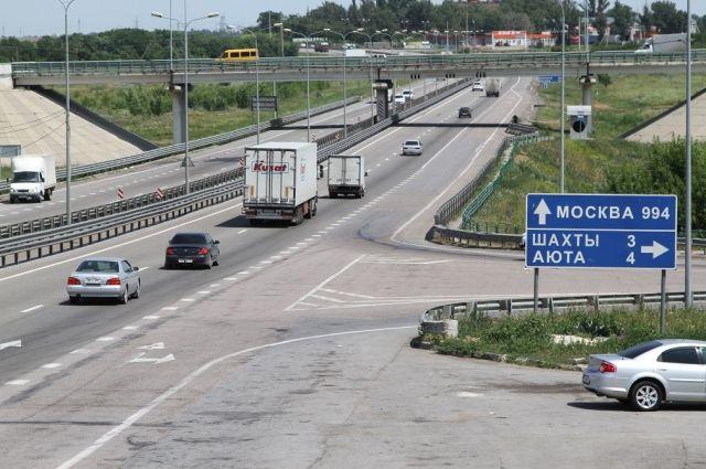 Движение потрассе М-4 «Дон» вАксайском районе ограничат из-за ремонта