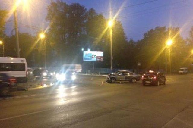 ВДТП смаршруткой вБрянске пострадали 4 человека