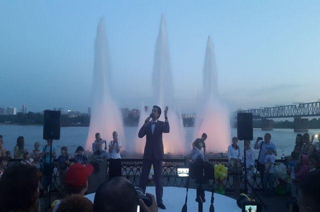 Концерты у фонтана проходили с успехом.