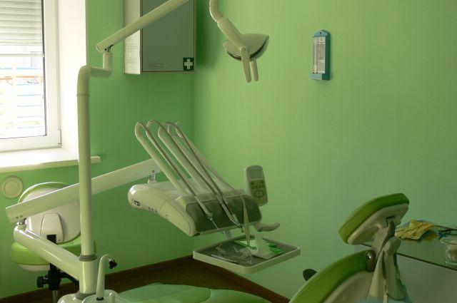 В РФ стоматолог сломал пациентке челюсть