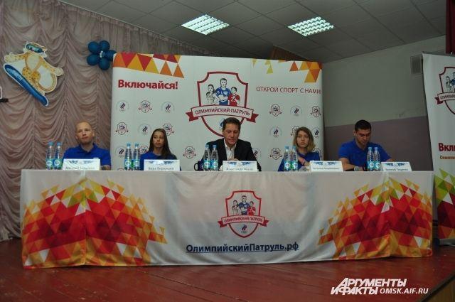 Встреча олимпийцев со школьниками состоялась сегодня, 13 сентября, в школе № 95.
