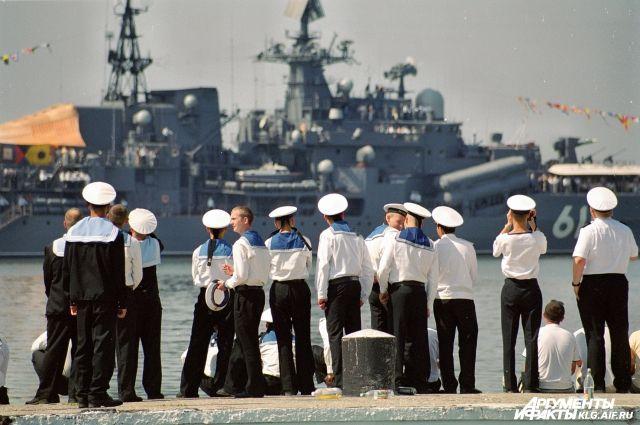 Экипаж кораблей Балтфлота проголосует за депутатов Госдумы в море.