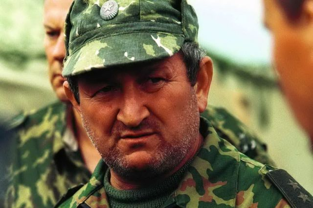 По словам знавших его людей, Геннадий Трошев всегда очень переживал за военных и всю российскую армию.