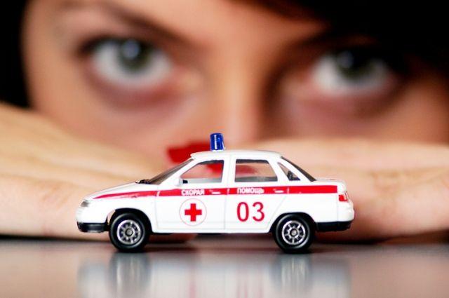 Авария натрассе вОмской области унесла жизнь водителя ВАЗа