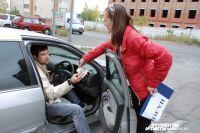 В Омске более 555 тысяч легковых автомобилей.
