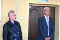 Анатолий Данилов (слева) во время оглашения приговора.