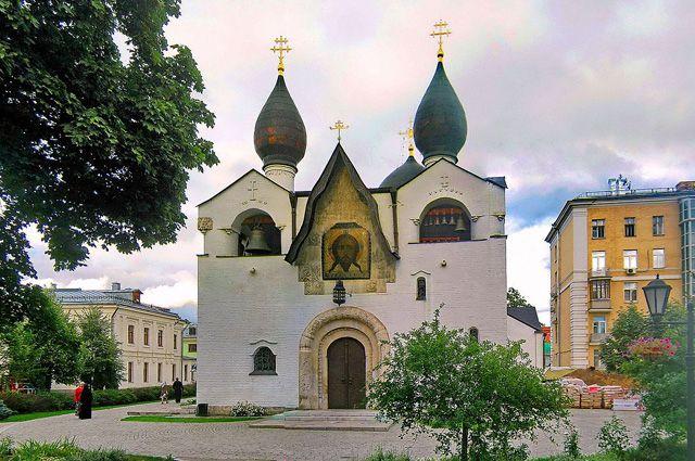 Столичная патриархия получила всобственность монастырь вцентре столицы