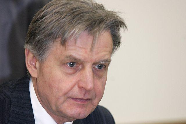 Павел Медведев.