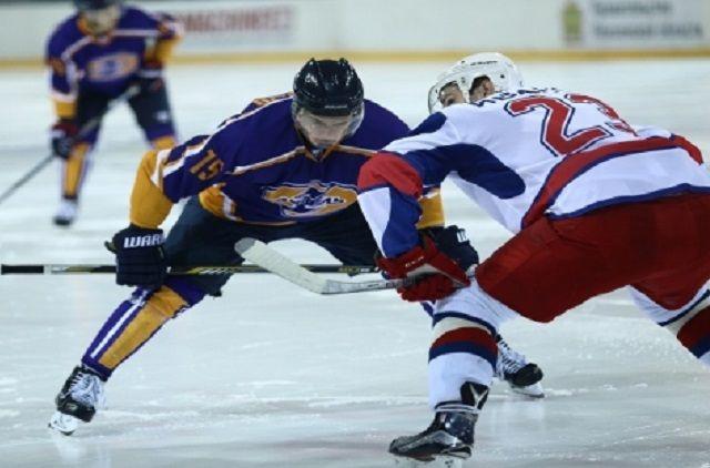 Хоккеисты «Ижстали» уступили навыезде «Дизелю»