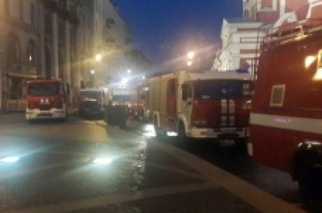 ВПетербурге ночью потушили пожар вирландском пабе