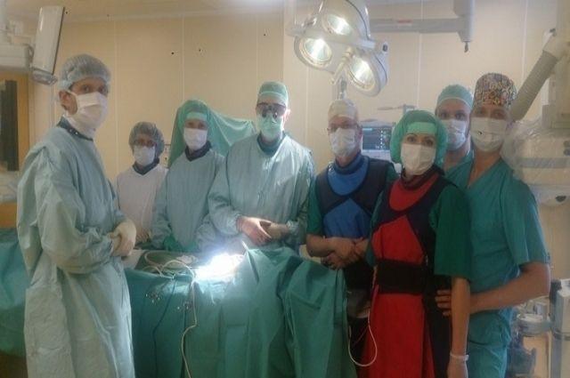 Тюменский кардиохирург Кирилл Горбатиков оперирует дочетырехсот пациентов вгод