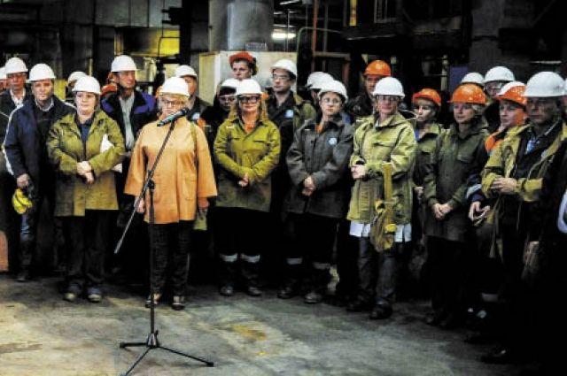Работников Соликамского магниевого завода интересует, когда построят