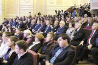 """На форуме """"За развитие Прикамья"""" обсудили успехи и проблемы промышленной политики."""