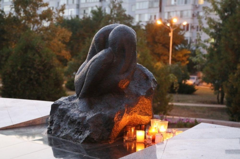 16 сентября жители Волгодонска, уже семнадцатый год подряд, вспоминают жертв террористического акта, который произошел в 1999 году.