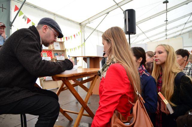 На фестиваль приезжали известные писатели, в том числе - Алексей Иванов.