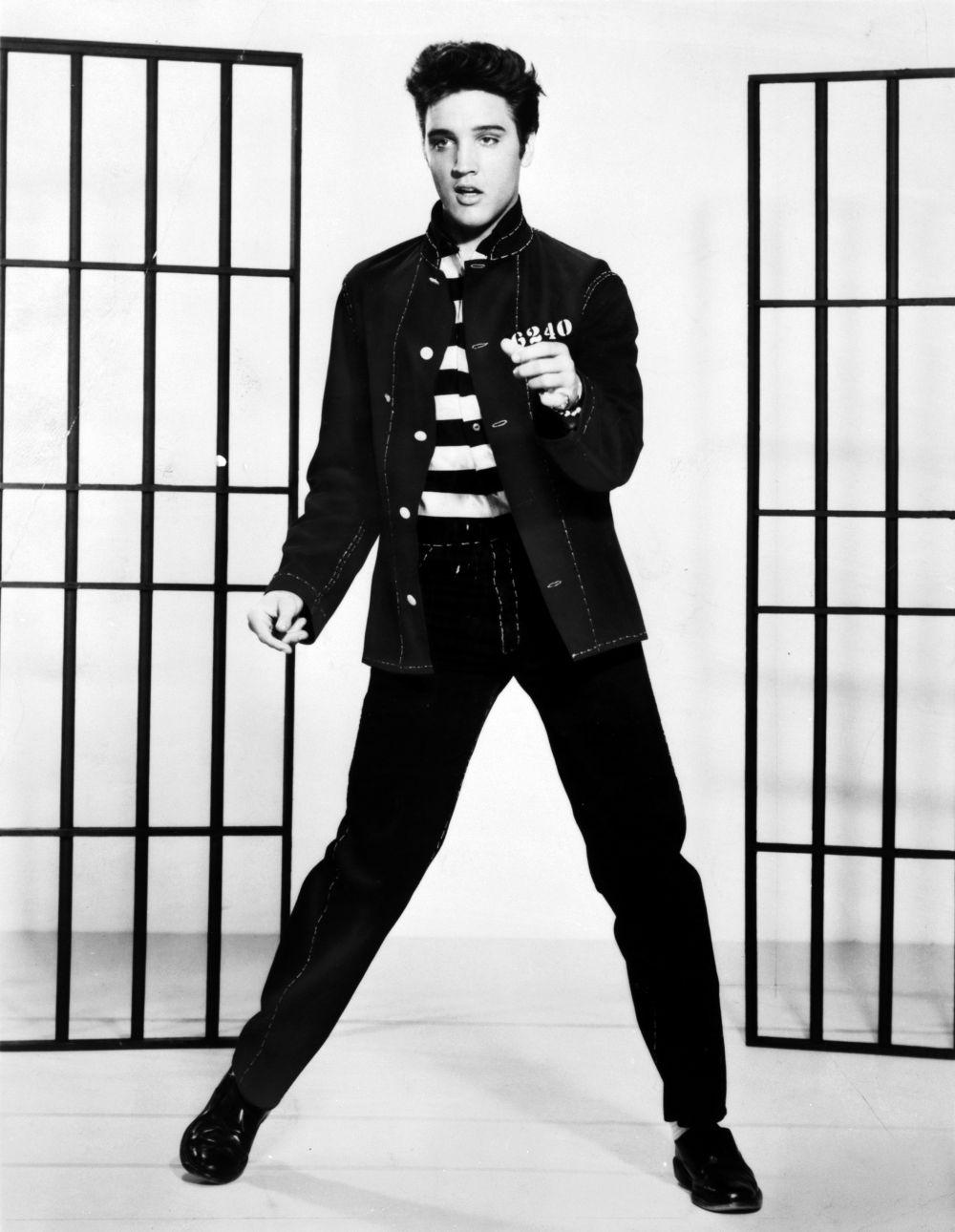 Легендарный Элвис Пресли.