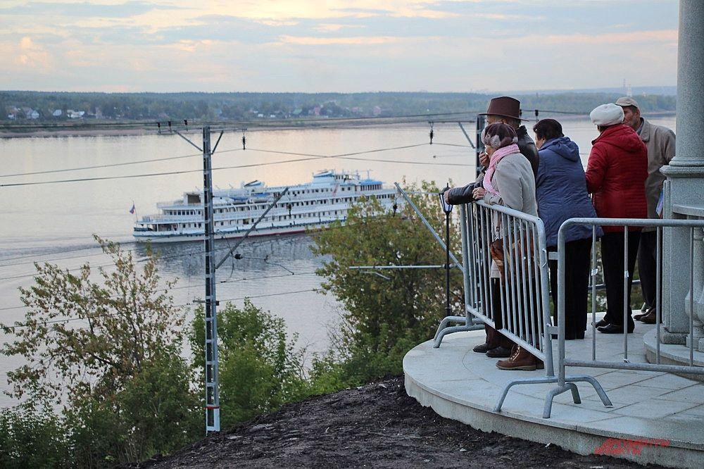 Новым украшением пермской набережной стала ротонда, выполненная из мансуровского гранита.