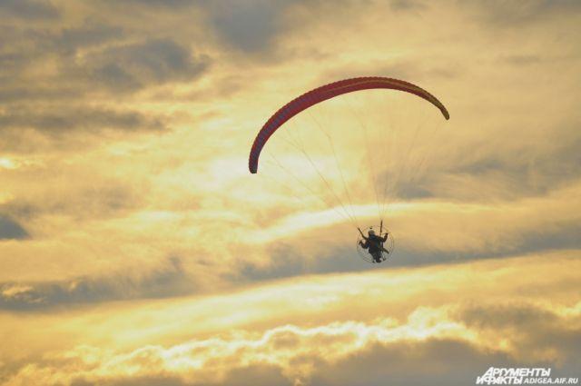 Сибирячка винвалидной коляске совершит полёт напараплане